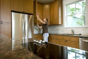 Avoid Pitfalls That Drive Up a Kitchen Remodel Cost