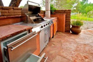 outdoor kitchen in scottsdale