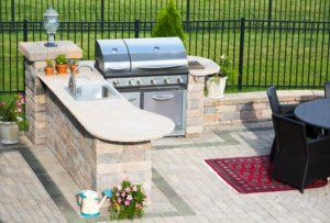 Outdoor Kitchen Options