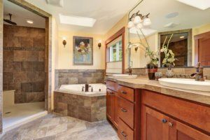 Three master bathroom remodeling trends in phoenix for Bathroom interior design chennai
